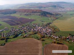 Schrägbildluftaufnahme mit Blick auf die Wacholderheide auf der Neubergshut bei Wiesenthal (KG2)