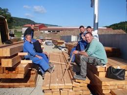 Pause bei den Bauarbeitern von J.A.R.T.-Bau (Foto: P. Ludwig)