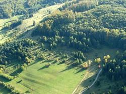 Der Bereich Wiesenthaler Schweiz wurde auch alle zwei Jahre vom Fluzeug aus fotografiert. 2006 war der Biotopverbund durch  Nadelgehölzsukzession unterbroochen.